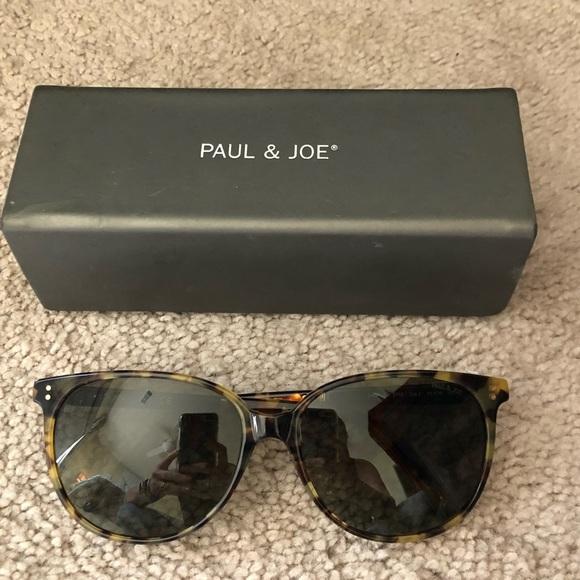 Paul & Joe Accessories - Paul & Joe- Flat TopRoundFrame Tortoise Sunglasses